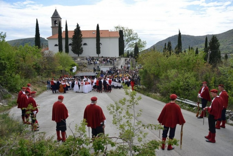 Photo Gallery – Beautiful tradition: Easter in Primorje