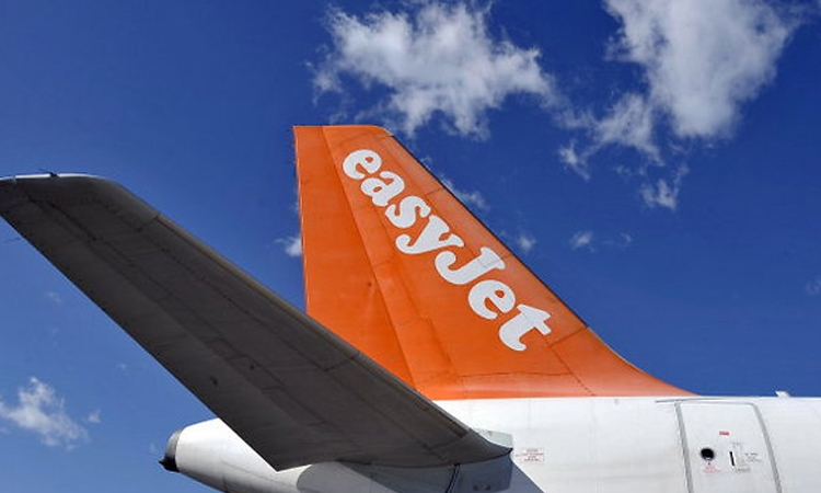 easyJet to connect Pula