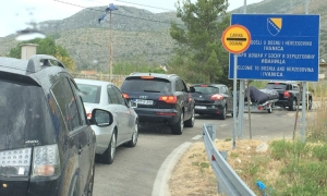 Border crossing at Ivanica