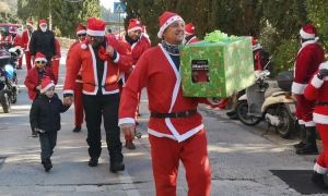 Santas arrive at Dubrovnik children's home on two wheels
