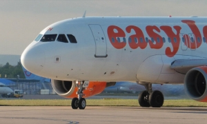 EasyJet looks to fill hole in market left by Thomas Cook by offering package holidays