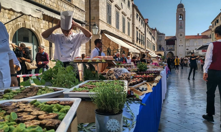 Dubrovnik Table collects record amount of funds for humanitarian causes
