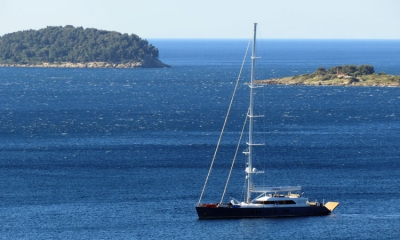 First luxury yacht opens the sailing season in Dubrovnik - The Dubrovnik Times