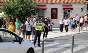 Dubrovnik traffic officers have English lessons in preparation for busy tourist season