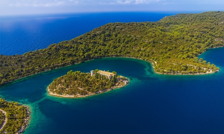 Seize the weekend: join the Mljet Outdoor Festival