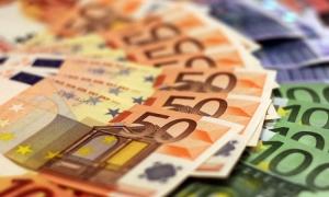 Croatia's foreign debt falls slightly