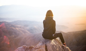 Women Travelers- How To Combat Threats When You Travel Solo