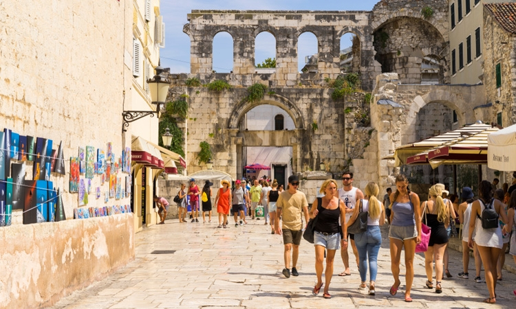 Tourism season in Croatia can expect recovery in the second quarter of 2021