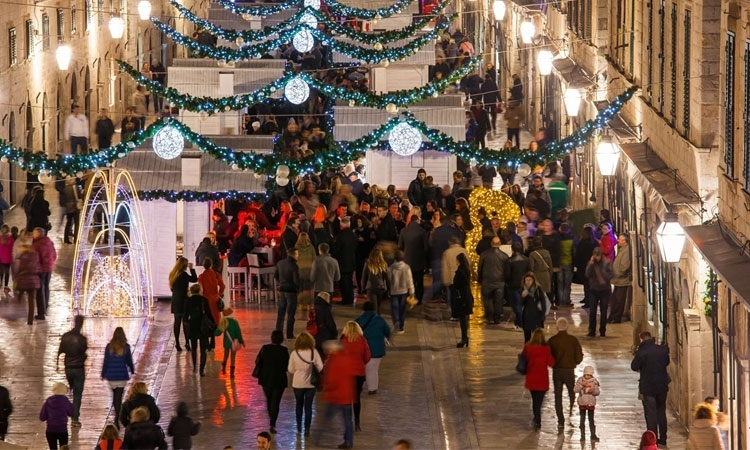 No need to pay bus tickets during the Dubrovnik Winter Festival