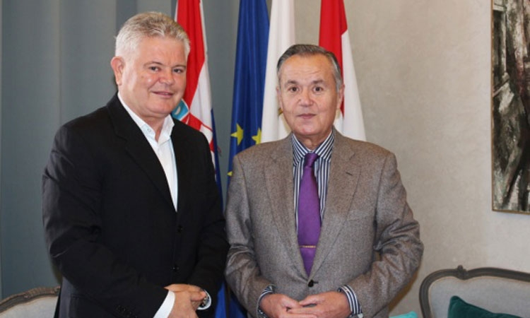 Mayor of Dubrovnik with Romanian Ambassador