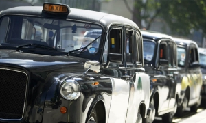 Lipik Glas to make windscreens for iconic London black cabs