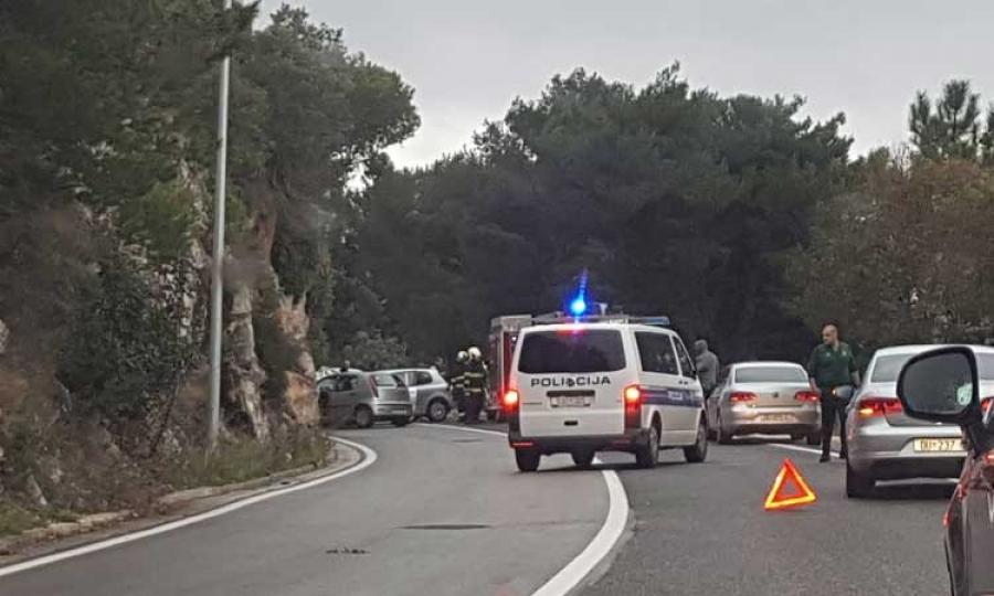 Road traffic accident blocks Dubrovnik road - The Dubrovnik Times