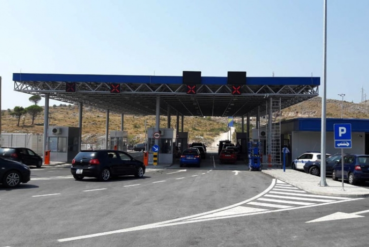 Holiday traffic jams expected at the Dubrovnik border crossings