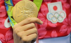 Old phones needed to make Olympic medals