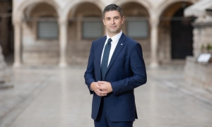 Mayor of Dubrovnik writes to British PM Boris Johnson after speculations of a two-week quarantine for tourists returning from Croatia