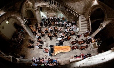 Dubrovnik Symphony Orchestra, Tomislav Facini and pianist Marija Grazio in the Rector's Palace