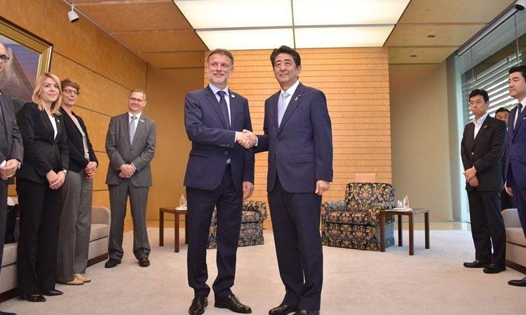 Croatian Parliament Speaker meets with Japanese PM on official visit