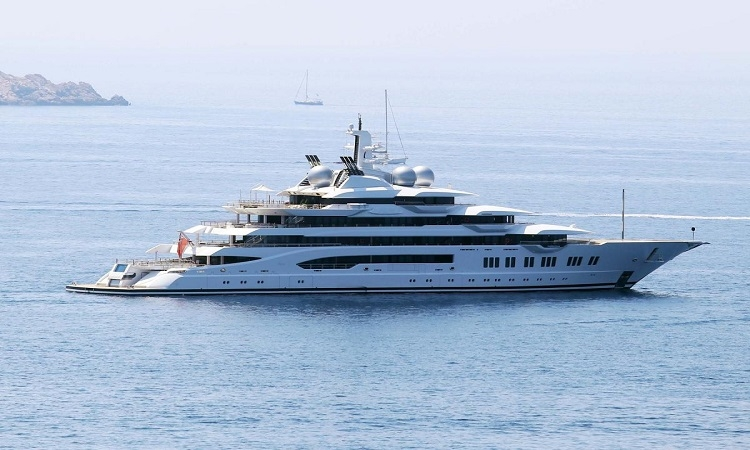 Luxurious yacht anchored in Dubrovnik