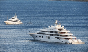 Russian billionaire on summer cruise in Dubrovnik