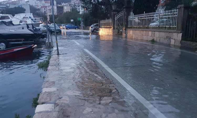 Flooding in Lapad