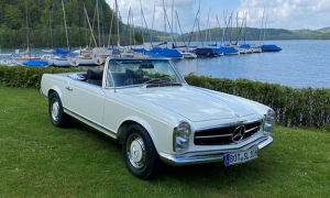 Mr. Benz delights with fully restored 280 SL Pagoda