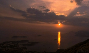 VIDEO – Mesmerizing sunsets in Cavtat