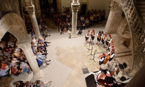 Iconic Dubrovnik vocal group celebrates tenth birthday