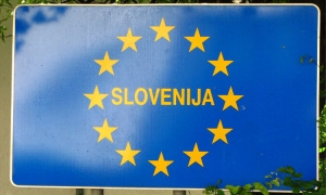 Slovenia states that Croatia is still a safe destination and that borders will remain open