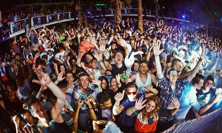Noa Beach Club makes top twenty