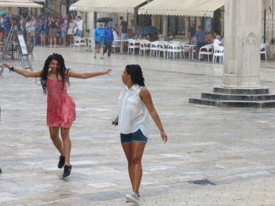 Dubrovnik singing in the rain