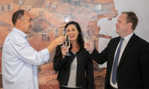 Two-millionth passenger arrives at Dubrovnik Airport a full 19 days earlier than last year