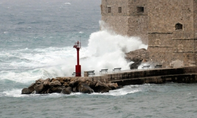 South wind bringing rain and high seas to Dubrovnik
