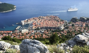 CNN: Croatian port of Dubrovnik may ban new restaurants
