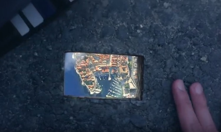 VIDEO Amazing ad takes you to Dubrovnik with just one card