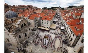 PHOTO – 600 years of Orlando's Column celebrated with amazing photo session