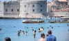 PHOTO – Bikinis and sun cream – swimming season in Dubrovnik