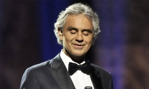 Andrea Bocelli on the Stradun...it is only an advert