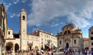 Discover Dubrovnik – the city bell tower
