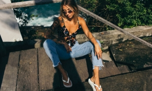 Mom Jeans and Why Everyone Is Going Crazy About Them