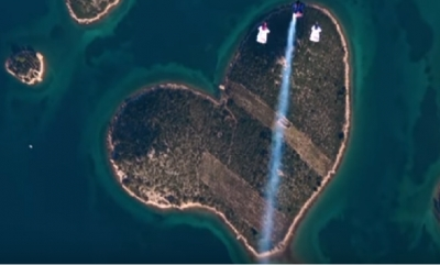 VIDEO – Breathtaking wingsuit flying over the heart of Croatia