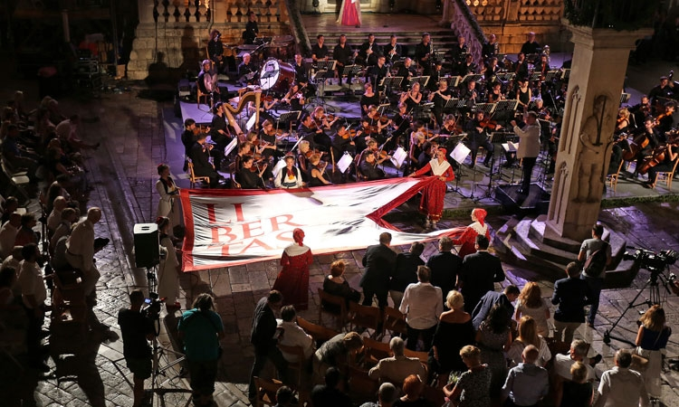 PHOTO – 67th Dubrovnik Summer Festival ends in style