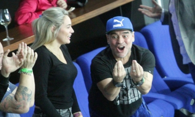 Photo gallery – Diego Maradona cheers for Argentina in Davis Cup final