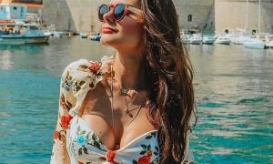 Brazilian beauty raises the summer temperature in Dubrovnik