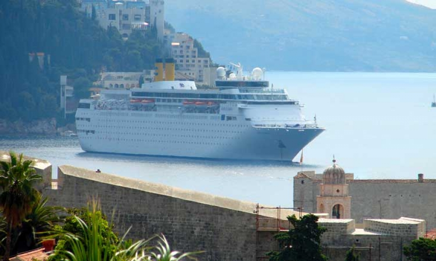 EXCLUSIVE Cruise Ship Industry Disappointed With Mayor Of - Cruise ship industry